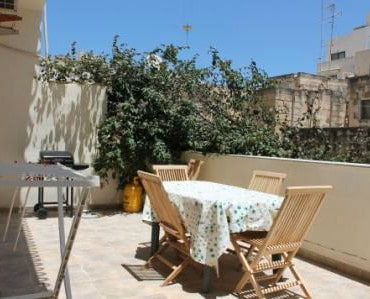 self catering holiday apartment with BBQ terrace in Sliema