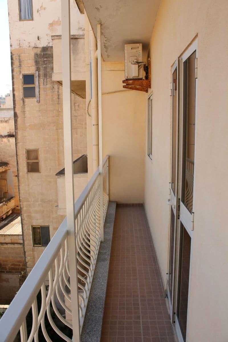 back terrace-w1920-h1200-w1920-h1200