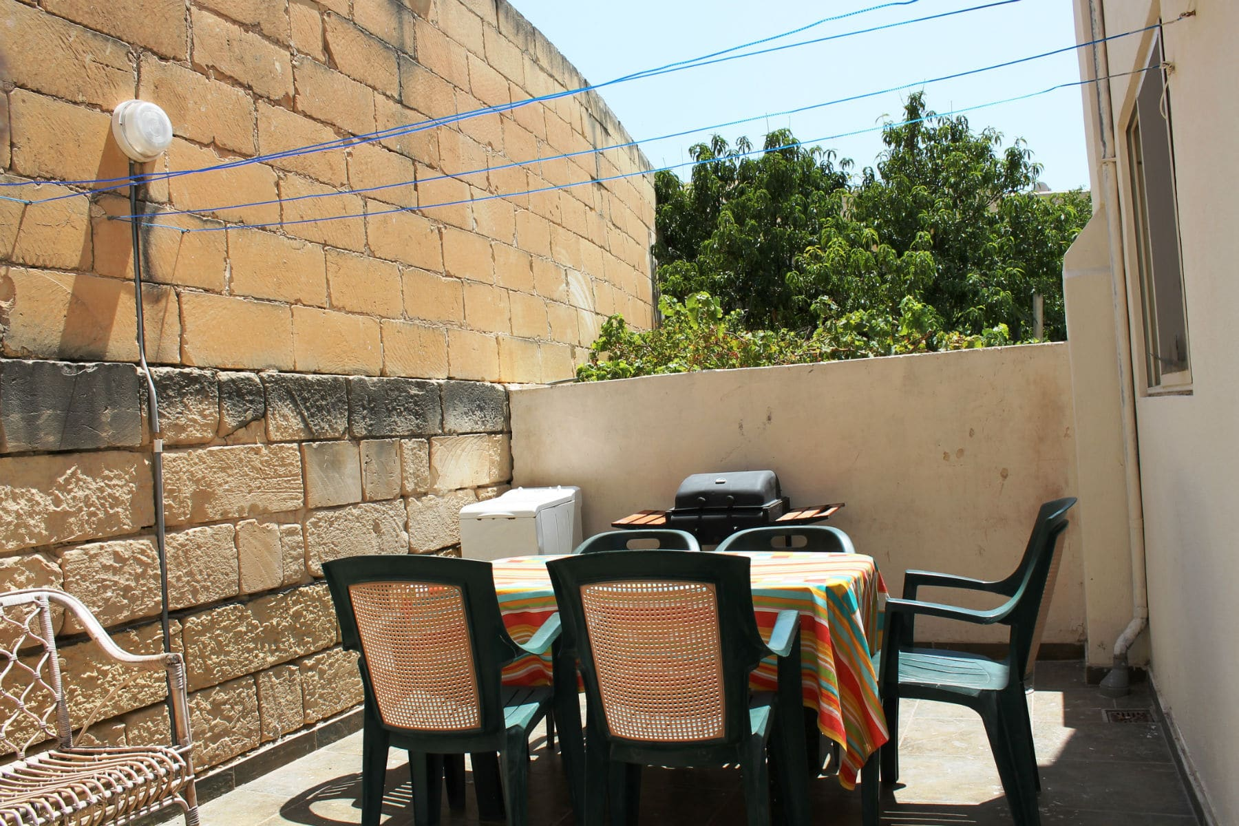 back terrace with gas BBQ-w1920-h1200