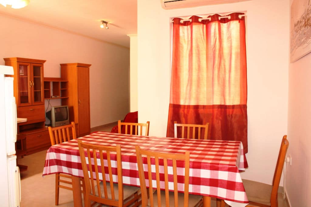 self-catering holiday Apartment in St julian`s close to Paceville nightlife area