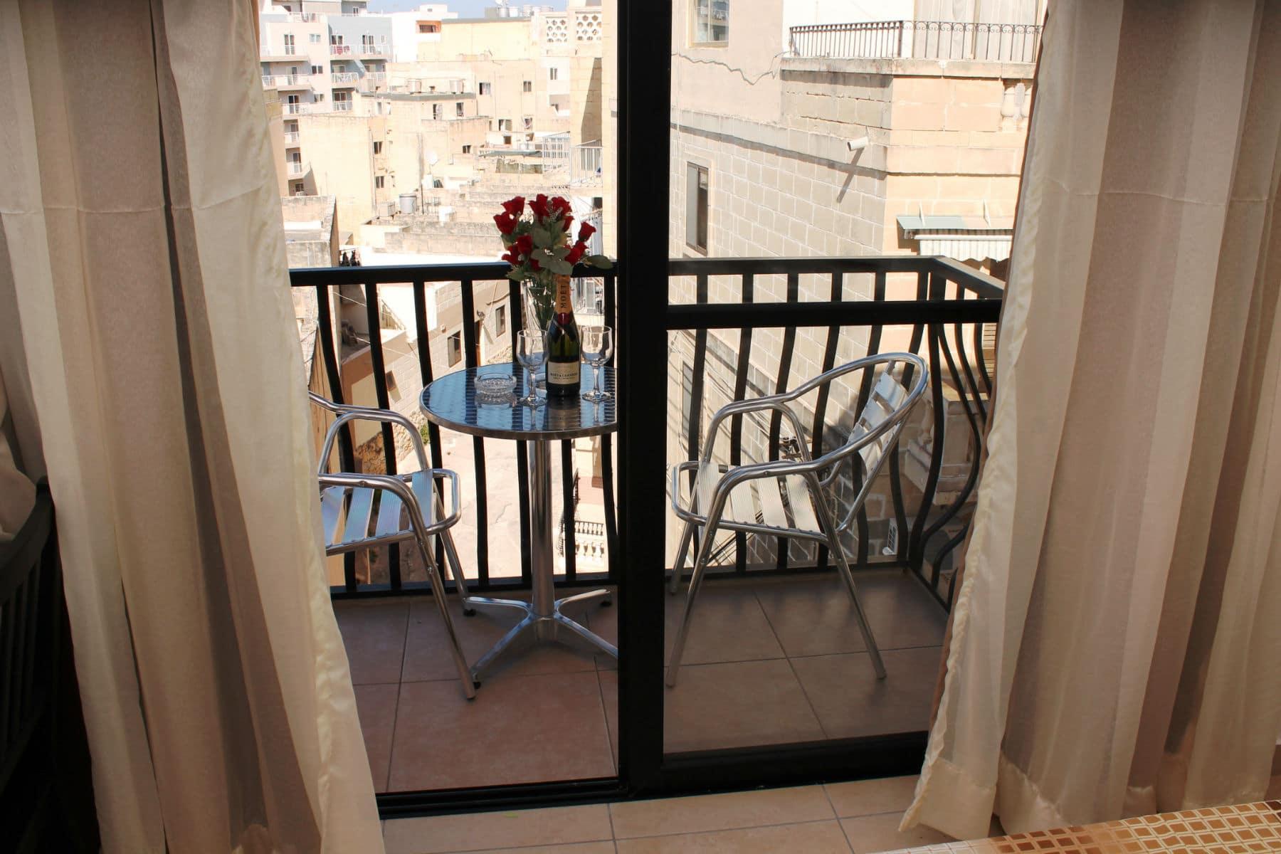 Seashells Holiday Apartments Bugibba -Balcony