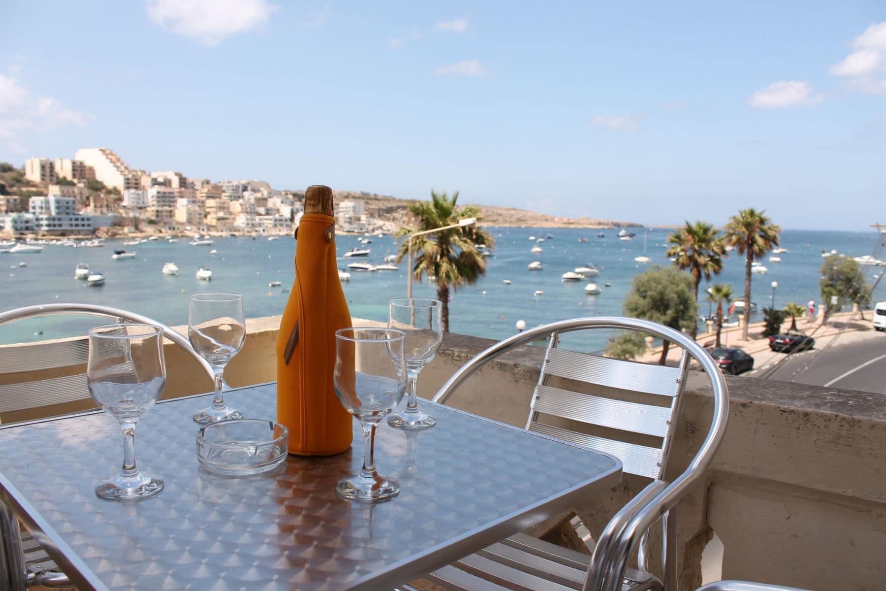 Holiday Apartments in St Pauls Bay Malta - Seafront - GetawaysMalta