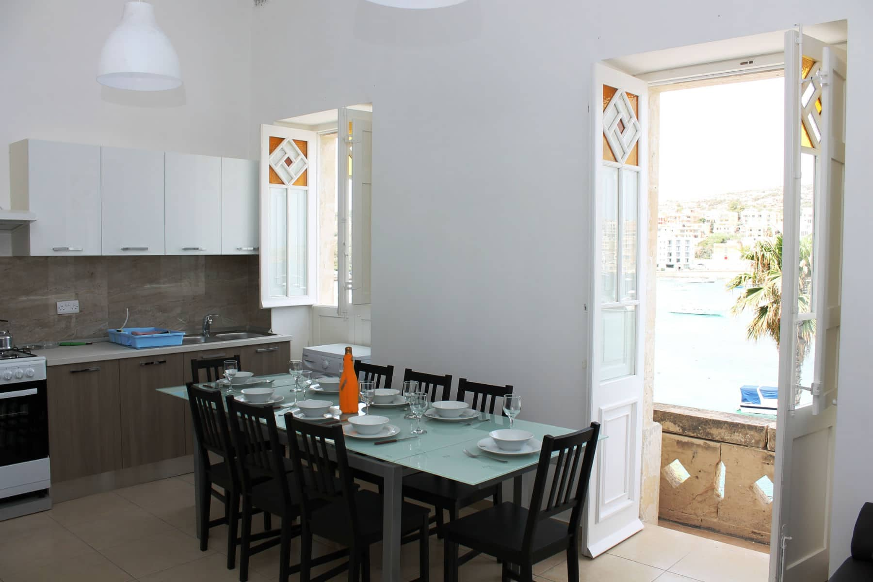 Brand New Kitchen/Living/Dining Fully Equipped Blue Harbour no 2 large seafront holiday apartment
