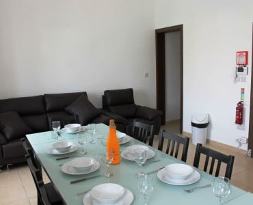 Brand New Kitchen/Living/Dining. Blue Harbour no 2 large seafront holiday apartment